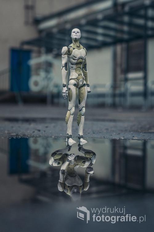 fotografia powstała chwilę po przejściu ulewnego deszczu. powstała w dwóch ujęciach które zostały złączone w jedną fotografię.