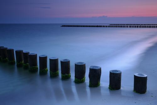 Świt nad Bałtykiem, Rowy.