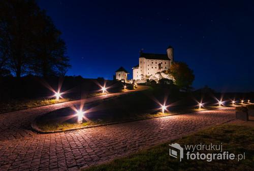 Bobolicki zamek pod Wielkim Wozem.