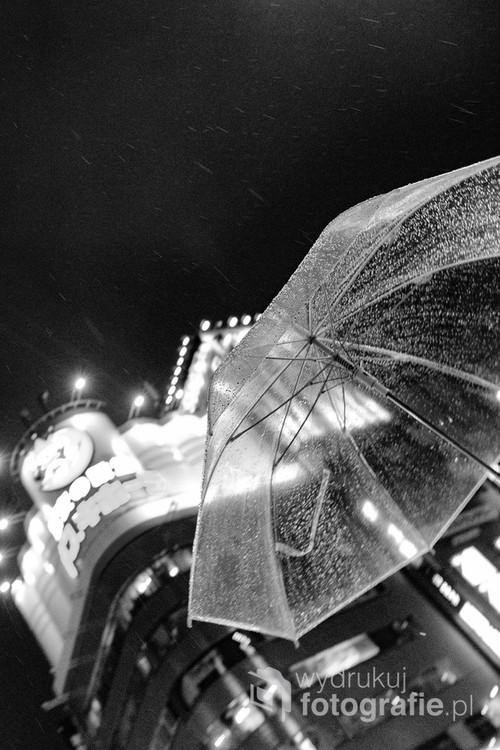 Deszcz nocą… w Shinjuku, Tokyo, Japan, 2017/Night rain in Shinjuku, Tokyo, Japan