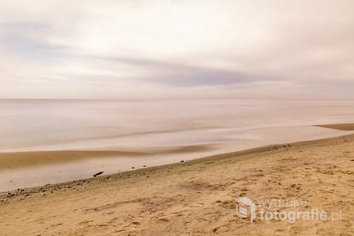 Widok na Morze Bałtyckie z Jastrzębiej Góry. Fotografia wykonana przy użyciu filtra ND 10.