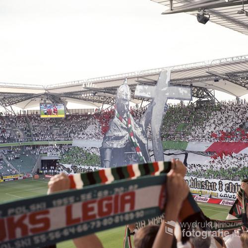 Stadion Legii Warszawa. Oprawa przed meczem z Górnikiem Zabrze