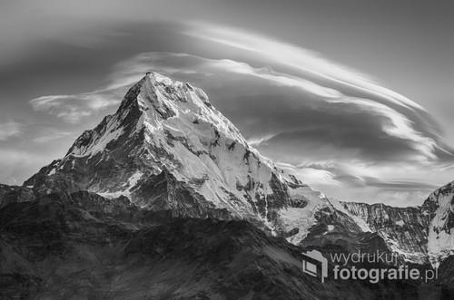 Wschód słońca w Himalajach