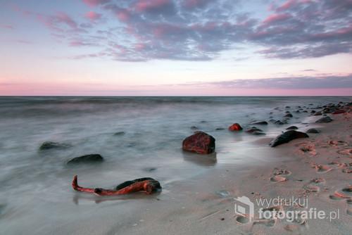 Zdjęcie zostało  wykonane tuż po zachodzie słońca.