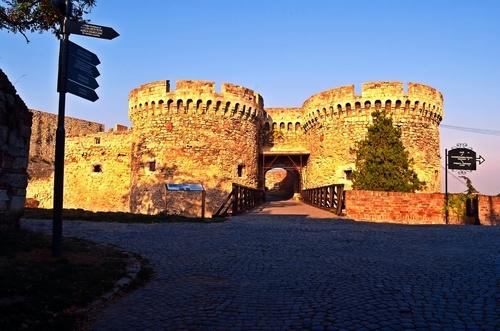 mury twierdzy w Serbii w mieście Belgrad