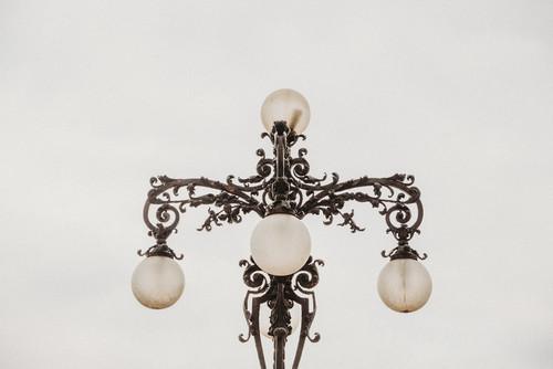Budapeszt - ozdobna lampa na Wzgórzu Zamkowym