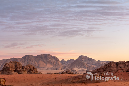 Spojrzenie na jordańską pustynię, listopad 2019.